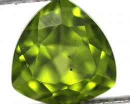 GREEN PERIDOT FACETED STONE 2.5   CTS    SG -1964