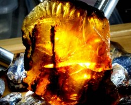 AMBER ROUGH LARGE PC INDONESIA  645   CTS