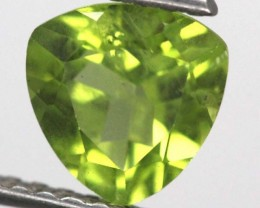PERIDOT FACETED STONE  1.75 CTS TBG-817