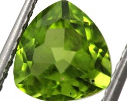 PERIDOT FACETED STONE  2.35  CTS TBG-838