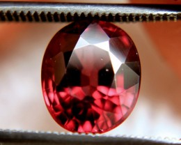 4.28 Carat VS Red Flashy Zircon - Beautiful
