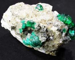 59.1 CTS DIOPTASE SPECIMEN-EMERALD GREEN [ST8432 ]
