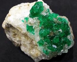 28.7 CTS DIOPTASE SPECIMEN-EMERALD GREEN [ST8431]