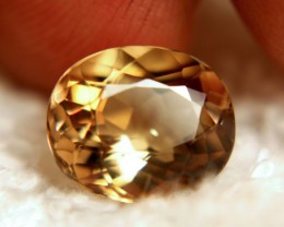 6.50 Carat VVS South American Topaz - Lovely Golden Color