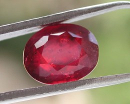 3.30ct WONDERFUL OVAL FACETED RUBY GEMSTONE FROM MADAGASCAR - TREATED
