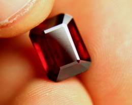 9.14 Carat VVS/VS Fiery Pigeon Blood Ruby - Superb