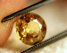 2.80 Carat VVS1 Golden Yellow Zircon - Gorgeous