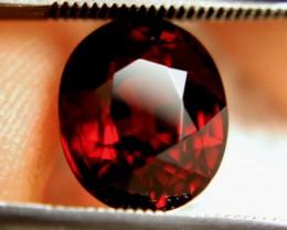 CERTIFIED - 6.41 Carat IF/VVS1 Sparkling Spessartite Garnet