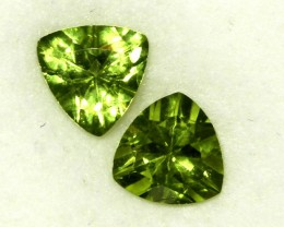 2.45 CTS PAIR OF TRILLIANT CUT PERIDOT GEMS (ST8585)