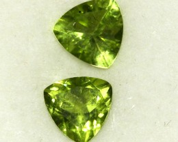 2.44 CTS PAIR OF TRILLIANT CUT PERIDOT GEMS (ST8594)