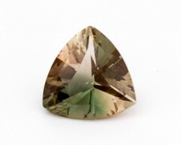 1.8ct Oregon Sunstone, Green/Pink Triangle (S296)
