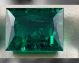 CERTIFIED & VALUTION of $14,000, Beautiful Zambian Emerald