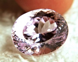 18.32 Carat VVS1 Himalayan Purple / Pink Kunzite - Beautiful