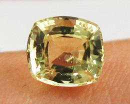 1.15 Glittering pretty yellow Chrysoberyl VVS Sri Lanka SL24B