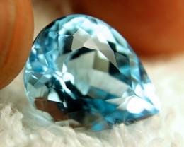 15.24 Carat Beautiful Blue VVS1 Topaz - Superb