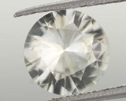 0.95 CTS DIAMOND CUT SILVERY WHITE SAPPHIRE (ST9200)