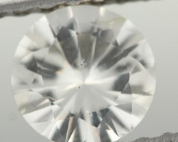 0.82CTS DIAMOND CUT SILVERY WHITE SAPPHIRE (ST9205)