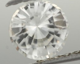 0.99CTS DIAMOND CUT SILVERY WHITE SAPPHIRE (ST9207)