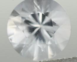 0.91CTS DIAMOND CUT SILVERY WHITE SAPPHIRE (ST9212)