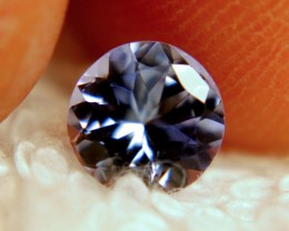 0.97 Carat VVS Light Blue Round Cut Tanzanite