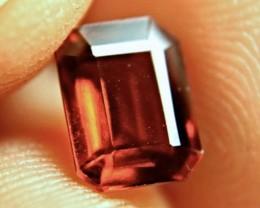 3.20 Carat VVS/VS Amber Hessonite Garnet - Lovely