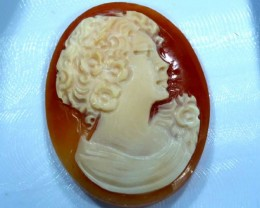 CONCH SHELL CAMEO 18.00  CTS.  CG-1596