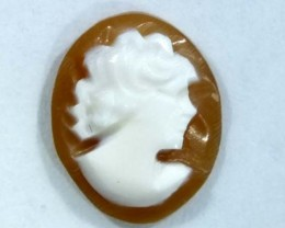 CONCH SHELL CAMEO 1.50  CTS.  CG-1613