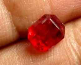 RED BERYL UTAH 0.63 CTS RARE COLLECTOR PC