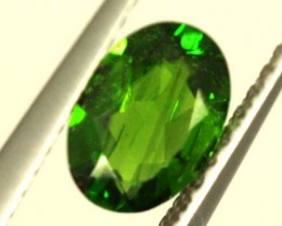 1 CTS LUSTEROUS RICH FOREST GREEN OVAL CHROME DIOPSIDE SP36