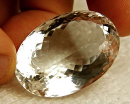 122.5 Carat VVS Natural Brazilian Quartz - Beautiful