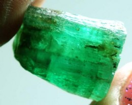 AFGHANISTAN EMERALDS ROUGH  15   CTS  TBM-470