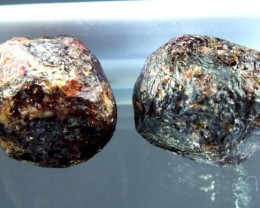 GARNET ROUGH NATURAL 2 PC 36.65 CTS LG-827