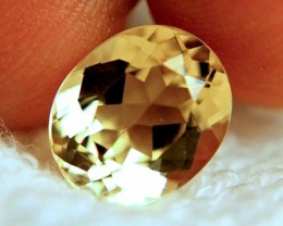 4.90 Carat VVS1 Brazilian Golden Beryl - Superb