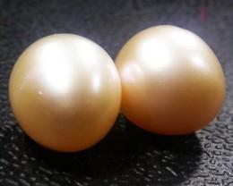 Parcel South Seas Pearls  Pairs AGR1122