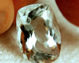 7.99 Carat VVS Goshenite Beryl - Lovely