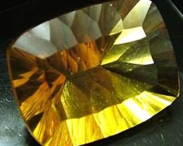 FLUORITE -BRILLIANT CLEAN  GOLDEN COLOURS 20.5 CTS [S2876]