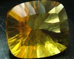 FLUORITE -BRILLIANT CLEAN  GOLDEN COLOURS 11.6 CTS [S2890]