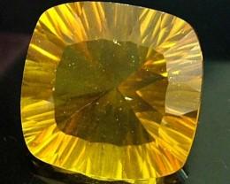 FLUORITE -BRILLIANT CLEAN  GOLDEN COLOURS 12.9 CTS [S2896]