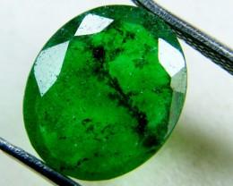 Quartz Emerald Green colour  4  carats   QU14