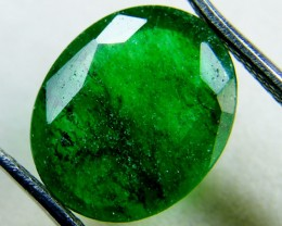 Quartz Emerald Green colour  4  carats   QU27