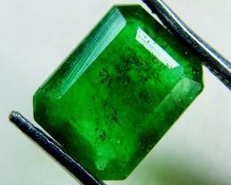 Quartz Emerald Green colour  2.50  carats   QU66