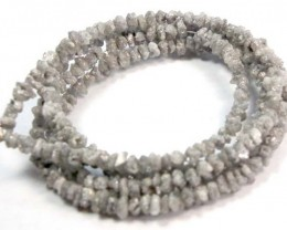 METALLIC SILVER GREY ROUGH DIAMOND STRAND 22.65  CTS SD-119