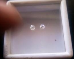 NATURAL WHITE DIAMOND-3MMSIZE-2PCS
