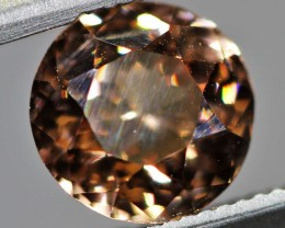 1.45 CTS ZIRCON FROM SRI LANKA -  TOP DIAMOND CUT [ST9549]