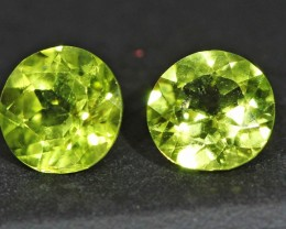 1.7 CTS 6 MM PAIR OF ROUND CUT PERIDOT GEMS (ST9649)