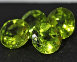 3.15 CTS 6 MM PAIR OF ROUND CUT PERIDOT GEMS (ST9651)