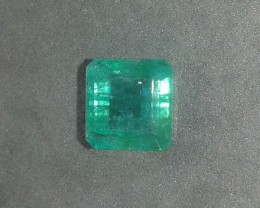 8.92cts Zambian Emerald , 100% Natural Velvet Green Color