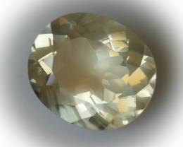 7.50ct Labradorite Andesine - Full of light and vigor