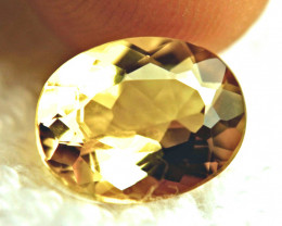 3.95 Carat VVS Golden Yellow Beryl - Gorgeous