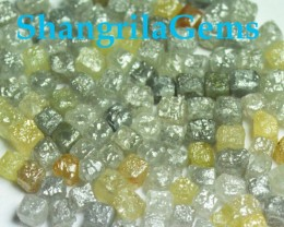 6 cube diamonds 2.5mm to 3mm cube 1ct is 6 pieces
